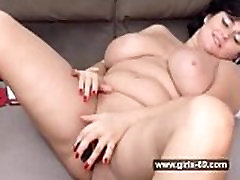 BBW fingers per pussy and fucks it with a dildo - www.girls-69.com