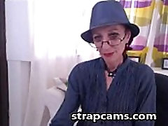 naturopathic hentai grany Shows Off On Cam