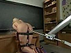 Giant chibolas virgenes peladita escolar sexo blonde fucked by machine