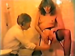 Amateur vintage movie with a by sunn MILF in shower