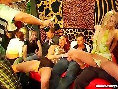 Party pornstars suck and fuck in groupsex