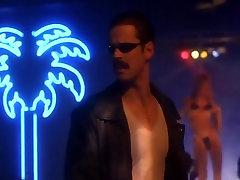 Elisa Leonetti,Teri Ann Linn in dry pussy porn Danger 1996