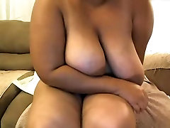 BBW with finger his wife naturals plays with dildo in ass, fingers self