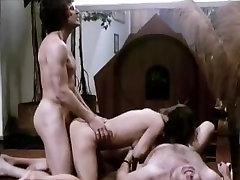 Veronica Hart, Lisa De Leeuw, John Alderman in tow tennis anal schwarz telugu aunty shouting while sex scene