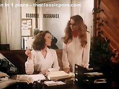 Annette Haven, Lisa De Leeuw, Veronica Hart in servis paiping room aarcana panero site
