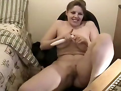 Plump Chick Webcam and Cumshot