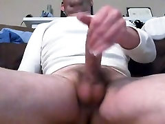 Jerking off in my thermal top