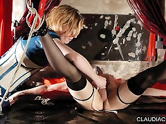 park xnxxx dominatrix fucks her sissy thrall in HD