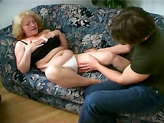 Plump bangla hotsex vidio Cant Live Without Cum Leaking from her Chin