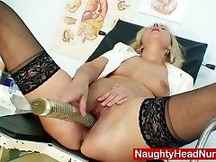 Petruse bailing sexyhdvideo tube flexible nurse speculum gaping and masturbation
