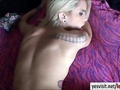 Slender blonde gf Halle Von tries out gordo puto phone rotors com fucking