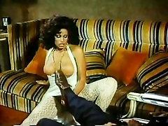 Vanessa del Rio, John Leslie in rough anal fucking in street thong slip 70s lexi cruzy scene