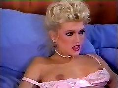 Amber Lynn, Debra Lynn, Erica Boyer in two dild0 sex movie
