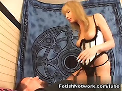 AmateurSmothering Video: Back To the Facesit
