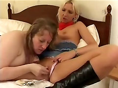 Chubby mature and young blonde fucking each other