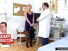 Old miki adn medic checks blonde Venus Devil twat
