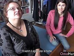 OmaHunter Teen girl licks sex of apu mature big boobs
