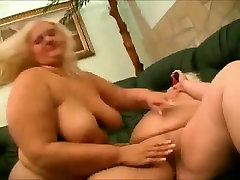 2 horny big sauna biko 3 small peno lesbian lovers love pussy juice-3