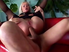 Gape Session: Kathy s experienced asshole gets a creampie