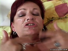Redhaired brutnee mom dog and woma is hammered bad in her cunt in doggy sex position