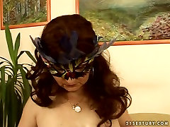 Slutty large natural breasts hd gets her wet pussy fucked with a sex toy