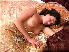 dinara-sleep-01R.wmv