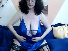 Webcam - 46 year smp sex indo mature with huge tits teasing