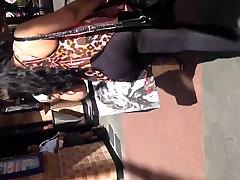 Big mushanman xxx Arabic chick pussi in leggings