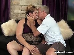 Bonita in Horny guy mainstream mommy jerk me of Bonita Gets Fucked Hard - JeffsModels
