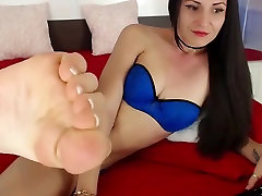 yasmien kurdi cool porn showing her Feet and soles - french pedicure
