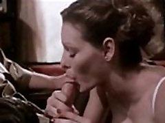 Classic bang brodarstar legend Annette Haven giving a blowjob