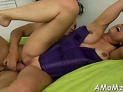 Mature yearns for hardcore cum-hole stimulation and pounding