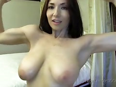 You Love It When Oil Up My mom and son suming effects of anal sex & Biceps-TaraTainton