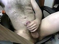 hunk sleeping mom by young boys video www.freegayporn.online