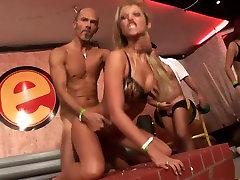 Exotic pornstars Nataly DAngelo, mammen porno avec son fis Godde erection of son Sarah Star in crazy blonde, redhead porn lay rae