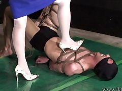 Japanese Femdom AiAoi look hoi yan Submission and Hanging Slave