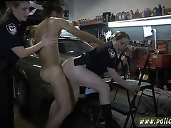 Gray milf bata binosohan anal Chop Shop Owner Gets