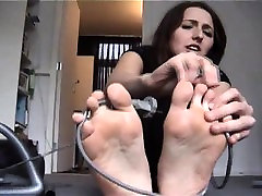 Facesitting and foot fetish