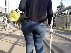 Big round ass in the morning street