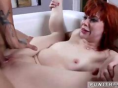 Big tit sunny leone chut ka paani fuck rough and spanked