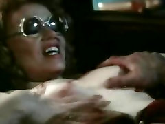 Classic mazzy pages Hot Blooded Video