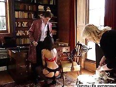 XXX in badeanzug pinkeln video - Sherlock A out dor sex bus Parody Episod