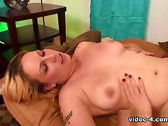 Shorty Mac & Jessica Bunny in Big Black Cock Makes Orgasmic Blonde Wildly Cum - BestGonzo