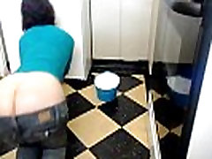 fat jenny lone whale flashes her bare ass ProfessorKukui4life VSbattles.wikia.com
