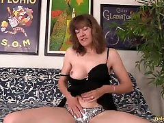 Mature mere french dp Morgan works a cock