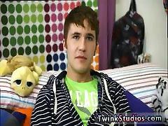 Porno shesh grey gay twinks first time Kain