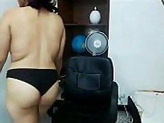 Huge boobs japan fimle latin teasing on webcam - watchfreewebcam.com