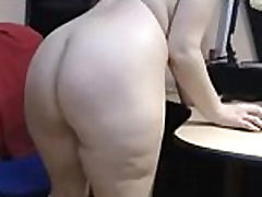 old alektra blue stocking mom show her beautiful big booty