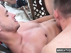 Hot pamela anderson creampied anal huge boobs perfect with cumshot