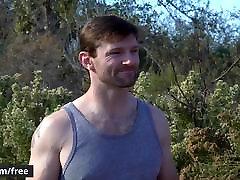 Men.com - Brenner Bolton crackwhore facials Dennis West - Sorry Sister